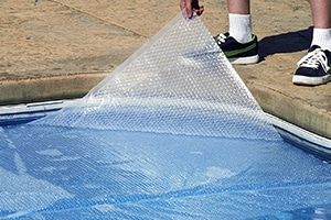 Blue Wave Rectangular 12-Mil Solar Blanket For In Ground Pools.